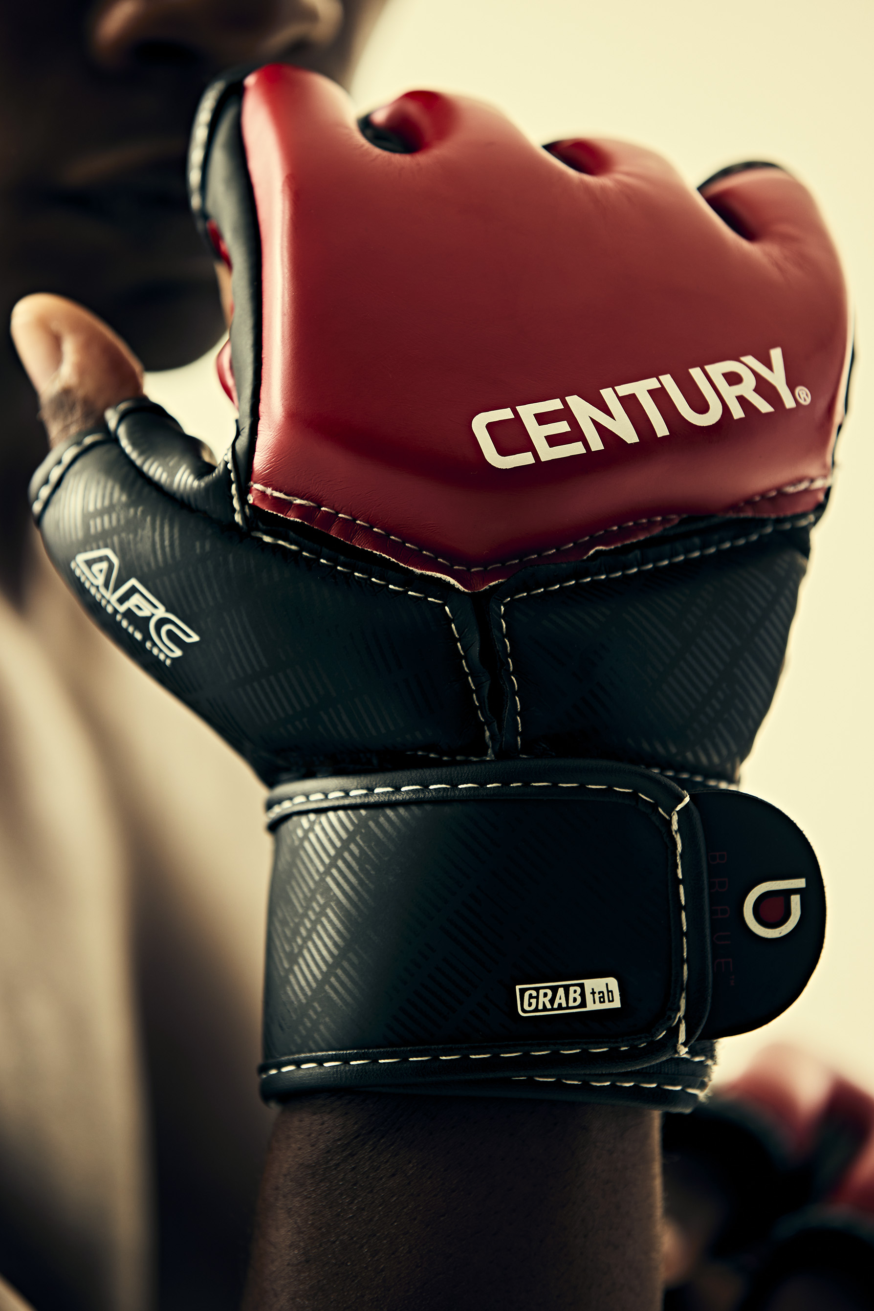 08222020_CebturyTestGloves03281-rt